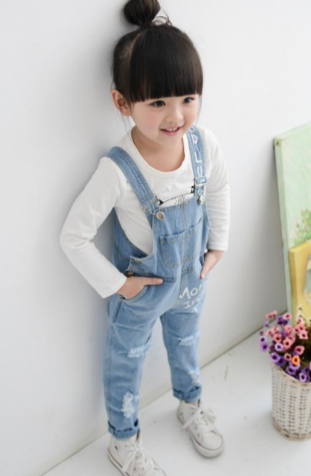 Street style dungaree | Foreverkidz